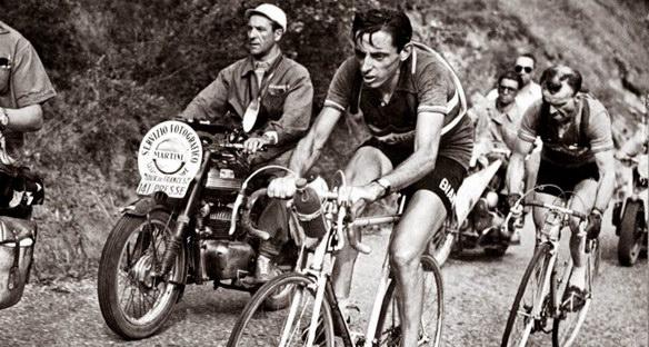 Coppi en Alpe d'Huez en 1952